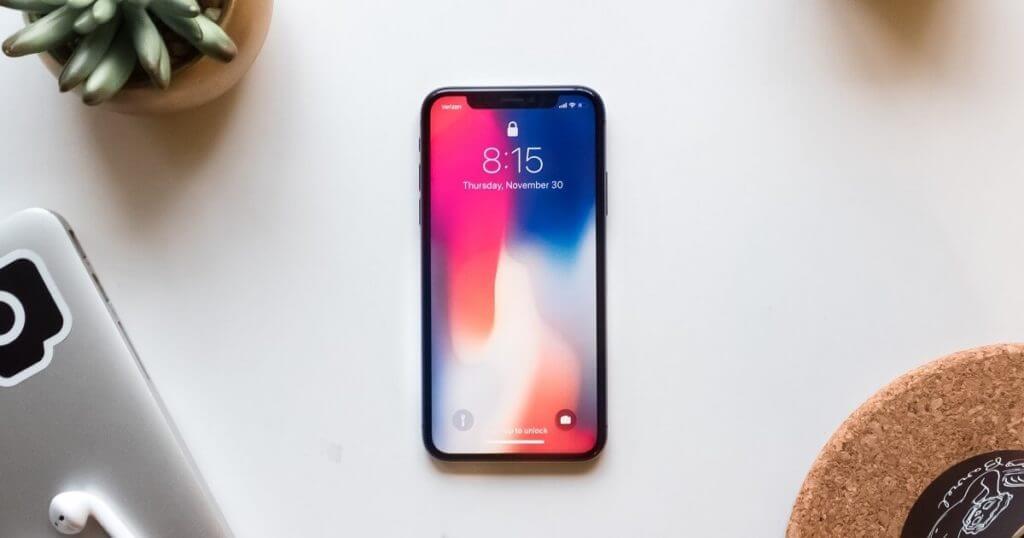 """【完全ガイド】iPhone Xを""""賢く""""手に入れる。端末の最新価格・中古価格などを徹底比較!スペックも。"""